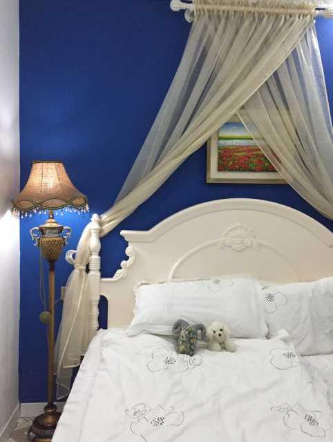 欧式女生蓝色卧室装修效果图