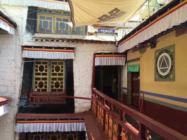 藏式酒店建筑设计图