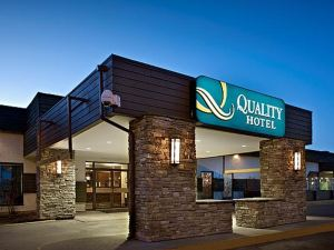 퀄리티 호텔 앤드 컨퍼런스 센터(Quality Hotel and Conference Centre Fort McMurray)