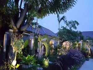 Kampoeng Nelayan Resto and Villa