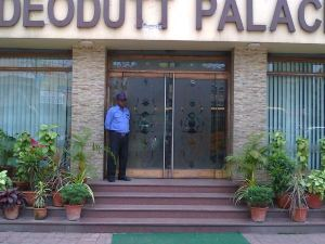 Hotel Deodutt Palace