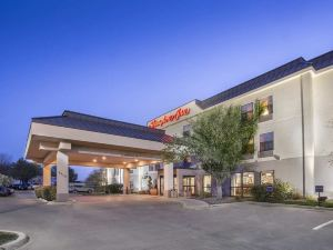 Hampton Inn Wichita East