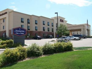 Hampton Inn and Suites Greeley, CO