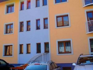 Apartments Topolova