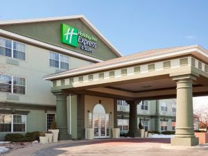 Holiday Inn Express Hotel & Suites Oshkosh Sr 41