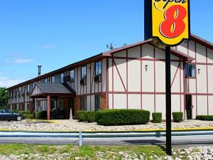 Super 8 Sanford Maine