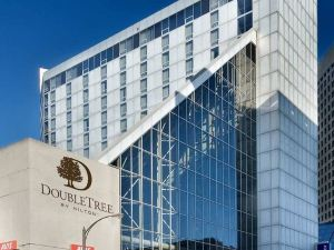 DoubleTree by Hilton St Paul City Center