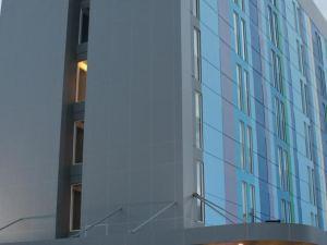 로아 로아 호텔 팔루 (Roa Roa Hotel Palu)