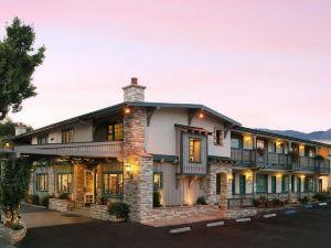 베스트웨스턴 플러스 엔시나 로지 앤 스위트 (BEST WESTERN PLUS Encina Lodge & Suites)
