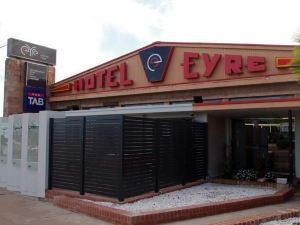 Eyre Hotel