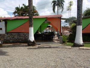 Llano Dorado Bismarckia Hotel Campestre