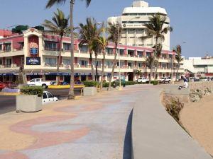 호텔 라 시에스타(Hotel La Siesta)