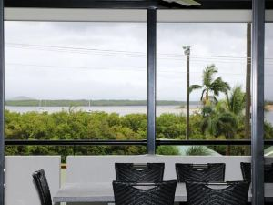 Cooktown Harbour View Luxury Apartments