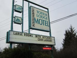 Totem Lodge Motel