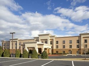 Hampton Inn and Suites Nashville/Smyrna, TN