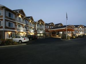 홀리데이 인 익스프레스 앤드 스위트 I-90(Holiday Inn Express Hotel & Suites Coeur D Alene I 90 Exit 11)