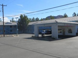 Exchange Club Motel
