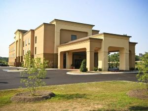 Hampton Inn Crossville, TN