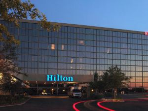 Hilton Kansas City-Airport