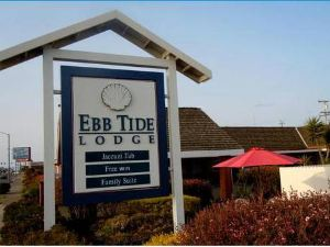Ebb Tide Lodge
