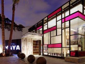 호텔 마야 에이 더블트리 호텔 (Hotel Maya - A Doubletree Hotel)