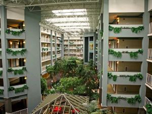 Embassy Suites Pittsburgh-International Airport