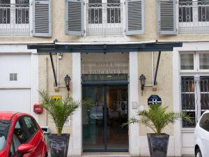 인터-호텔 호텔 롱스보(Inter-Hôtel Le Roncevaux)
