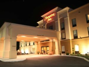 햄튼 인 미드빌 (Hampton Inn Meadville, PA)