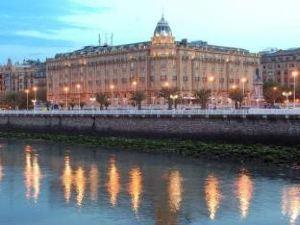 호텔 마리아 크리스티나 산 세바스티안 (Hotel Maria Cristina San Sebastian)