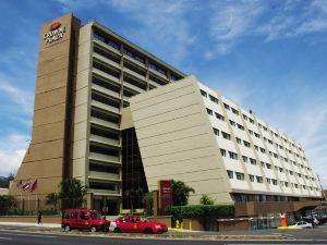 크라운 플라자 산호세 코로비치(Crowne Plaza San Jose Corobici)