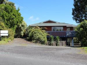 Our Beach House - Upper Wainui