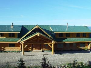 Williston Lake Resort