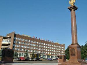 Hotel Yybileynaya
