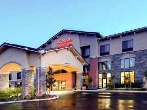 Hampton Inn and Suites Thousand Oaks, CA