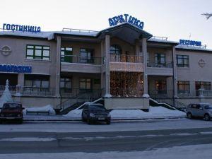Hotel Arktika