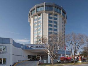 더블트리 바이 힐튼 제퍼슨 시티 (Doubletree Hotel Jefferson City)