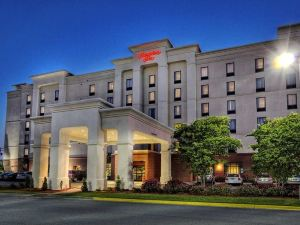 Hampton Inn and Suites Roanoke Rapids, NC