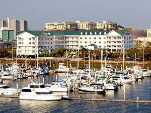 코트야드 찰스턴 워터프론트 바이 메리어트(Courtyard Charleston Waterfront)