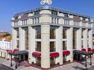 Aleksandrovskiy Grand Hotel