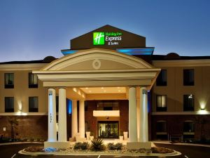 Holiday Inn Express Hotel & Suites Picayune Stennis Space Cntr.