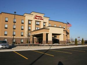 Hampton Inn and Suites Peru, IL
