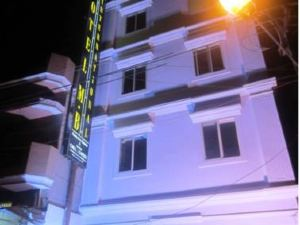 Hotel MB International