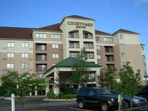Courtyard Erie