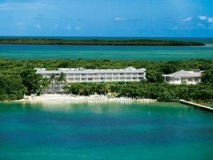 키 라고 그랜드 호텔 어 힐튼 리조트 (Key Largo Grande Hotel, a Hilton Resort)