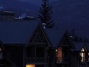 휘슬러 피너클 호텔 (Pinnacle Hotel Whistler)