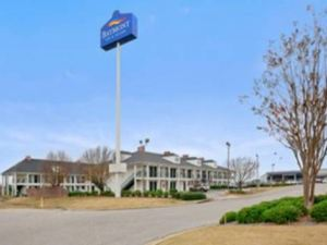 Baymont Inn and Suites - Dublin
