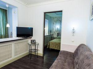 Mini-hotel Polyarny krug