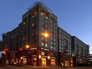 Residence Inn Portland Downtown River Place