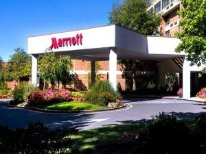 트럼불 매리어트 메리트 파크웨이(Trumbull Marriott Merritt Parkway)
