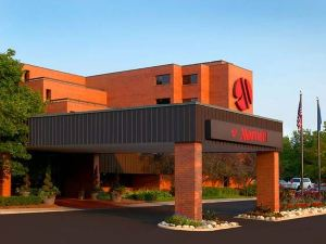 Delta Racine Architect Hotel & Conference Center